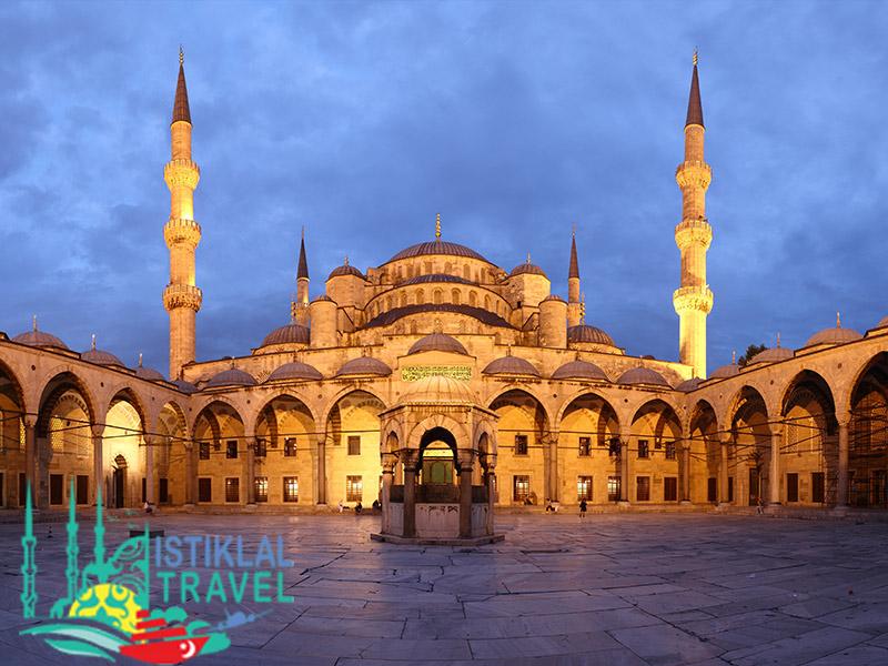 جامع السلطان احمد في تركيا - برنامج سياحي في تركيا عشرة ايام