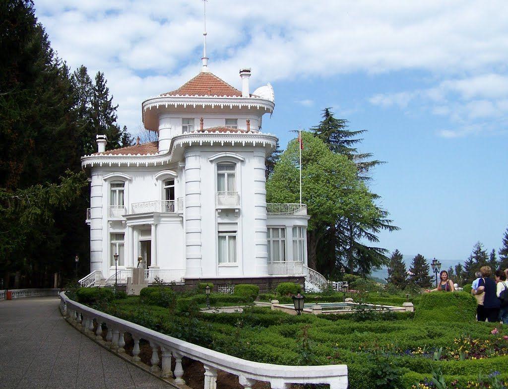 قصر أتاتورك طرابزون